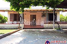Villa for 4-7 people only 250 meters from the beach Latina