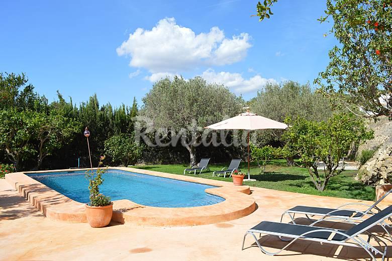 Casa de campo con piscina entre calpe y benissa benissa for Piscinas calpe