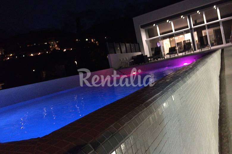 Villa For 6 8 People Only 100 Meters From The Beach Castelldefels Barcelona Garraf Coast