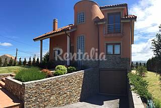 Villa en location à 2 km de la plage Asturies