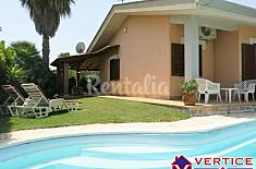 Villa for rent only 350 meters from the beach Latina
