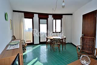 Wohnung mit 3 Zimmern, 300 Meter bis zum Strand Udine