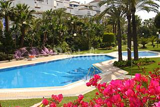 Puerto Banus, Playas del Duque Gaviotas luxury apartment for 6 Málaga