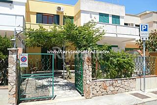 Villa for 6-8 people only 100 meters from the beach Lecce