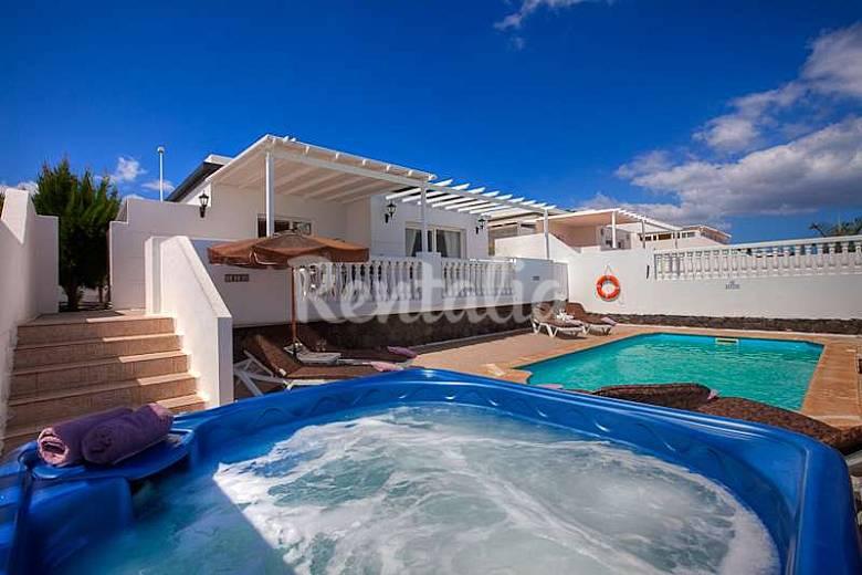 Villa en alquiler en lanzarote puerto del carmen t as - Alquiler casas en lanzarote ...