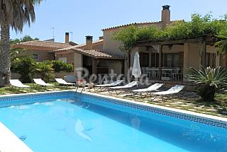 Villa for rent only 100 meters from the beach Tarragona