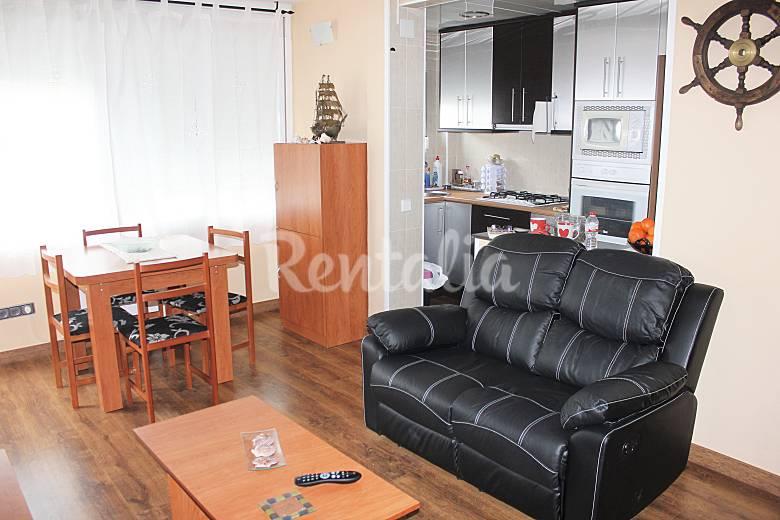 Apartamento en alquiler en blanes blanes girona gerona for Muebles blanes