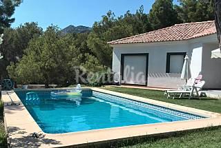 Relax en naturaleza, piscina, aire acondicionado Alicante