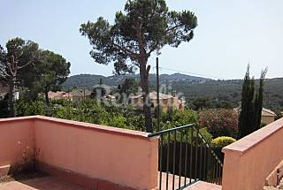 House for rent 2.2 km from the beach Girona