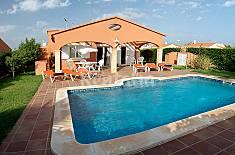 Villa para 6 personas a 2.5 km de la playa Menorca