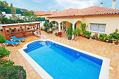 Villa for 6 people 4 km from the beach Girona