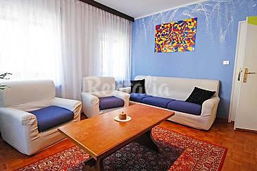 Apartamento para 4 personas marmolada malga ciapela for Malga muebles