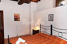 Apartment for 4 people with swimming pool Perugia