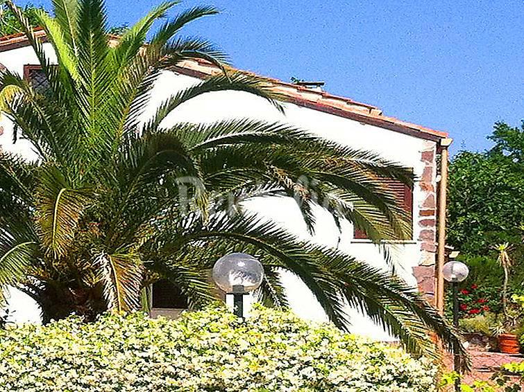 Villa en alquiler con piscina lanuvio roma castelli romani - Piscina castelli romani ...