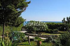 Villa for 6 people only 100 meters from the beach Ragusa