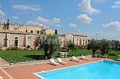 House for 3 people with swimming pool Ragusa