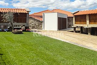 House for 2-3 people with private garden Viana do Castelo