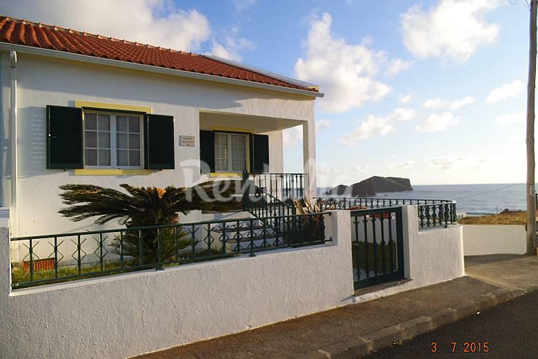 AL- Outdoors São Miguel Island Ponta Delgada House