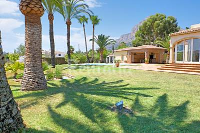 Villa de 5 habitaciones a 3 km de la playa Alicante