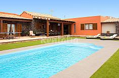 Villa for rent with swimming pool Fuerteventura