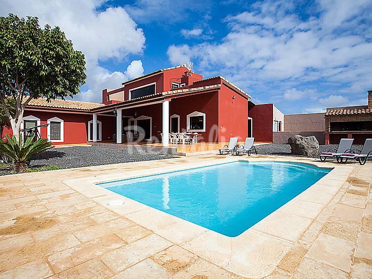 Villa en alquiler con piscina tetir puerto del rosario - Vivienda puerto del rosario ...