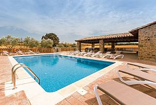 Can Pardal - House for rent with swimming pool Girona