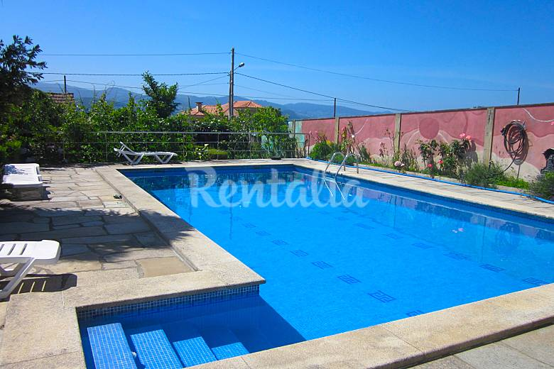 4 Apartments at only 200 meters from the beach Pontevedra