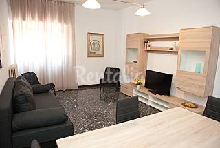 Apartment with 3 bedrooms only 300 meters from the beach Bari