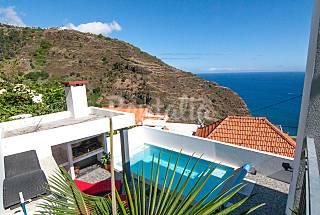 Casa para 6 pessoas a 50 m da praia a pe Ilha da Madeira