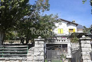 Villa for 12 people in Madrid Madrid