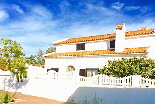 Villa with 3 bedrooms only 500 meters from the beach Setúbal