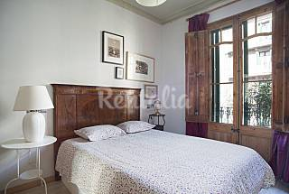 Apartment for 6 people in the centre of Barcelona Barcelona