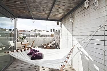 Tico cerca del centro con terraza privada barcelona - Atico terraza barcelona ...
