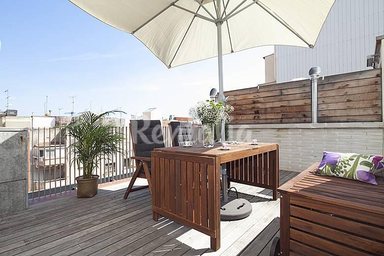 Tico en gr cia con terraza y piscina para 8 barcelona - Atico terraza barcelona ...