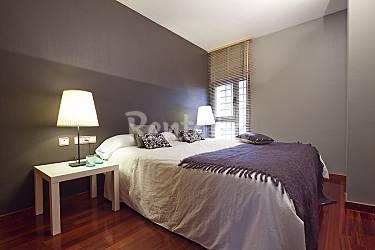 Apartamento para grupos con piscina barcelona barcelona for Habitacion 73 barcelona