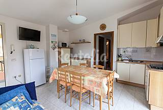 Apartment for 2-5 people only 1000 meters from the beach Cagliari