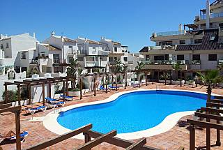 Apartamento 2 dormitorios en primera línea de mar Málaga