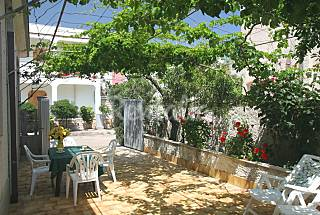 Villa with garden in Puglia for rent at 50mt from  Brindisi