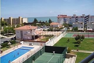 Apartamento con piscina al lado de la playa , tenis y  paddle Tarragona