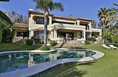 House for 12 people 3 km from the beach Málaga