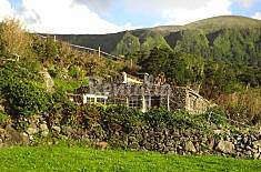 House for 3 people in Azores Flores Island