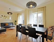 Appartement pour 8-14 personnes à Anjos Lisbonne