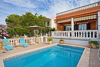 House for rent 11 km from the beach Majorca