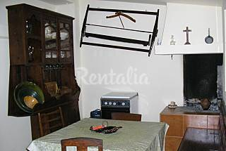 Economic house 10 km from the beach Leiria