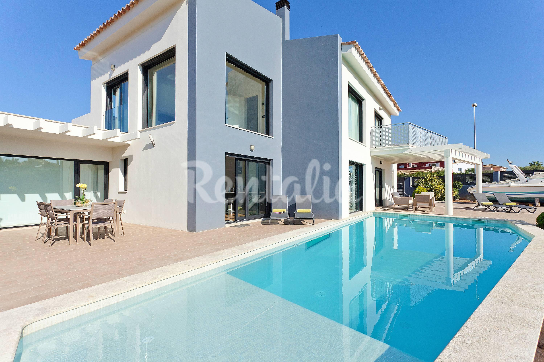 Chalet de lujo con piscina privada sa torre llucmajor for Hoteles en mallorca con piscina climatizada