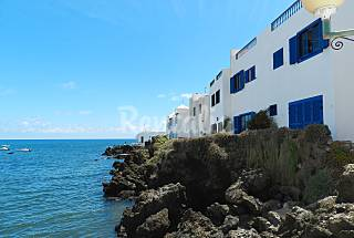 Apartment for rent on the beach front line Lanzarote