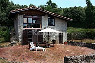 Home between volcanoes- Can Janot, for 2-5 people  Girona