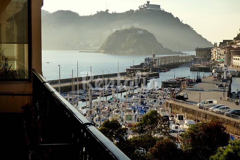 Gran piso de lujo junto al puerto donostia san sebasti n - Piso duque de mandas donostia ...