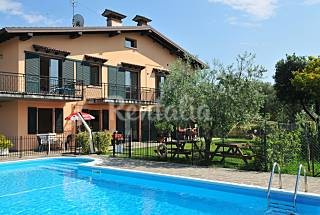 7 Apartments with 1 bedrooms only 1000 meters from the beach Brescia