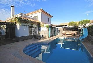 Villa de 4 habitaciones a 900 m de la playa Huelva